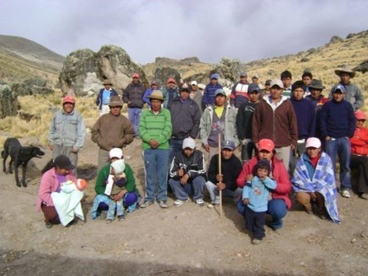 Complaint-review: Eduardo Hochschild of Hochschild Mining PLC - Dodgy land ownership strategies & contracts endanger Huancute and Casma Palla'Palla in Peru. Photo #4